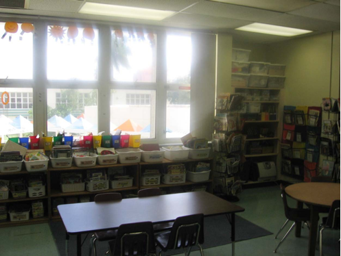 library_in_classroom_9